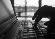 Two new platforms help freelance journalists find work, get paid