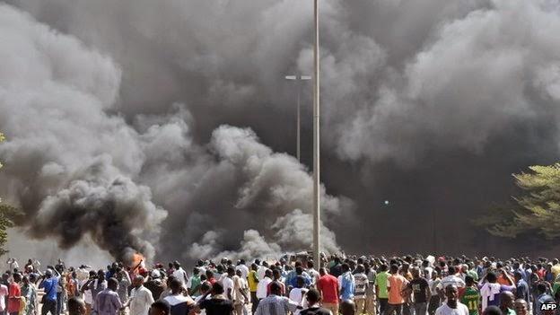 Burkina Faso parliament set ablaze