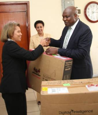 FBI lauds EFCC, donates forensic equipment
