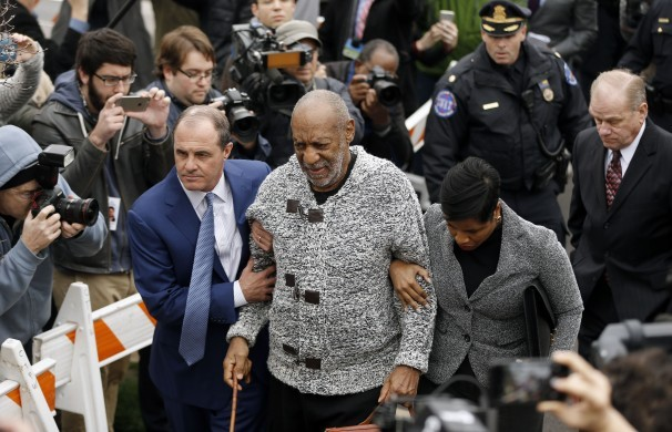 Bill Cosby charged in 2004 sex assault case; bail set at $1 million