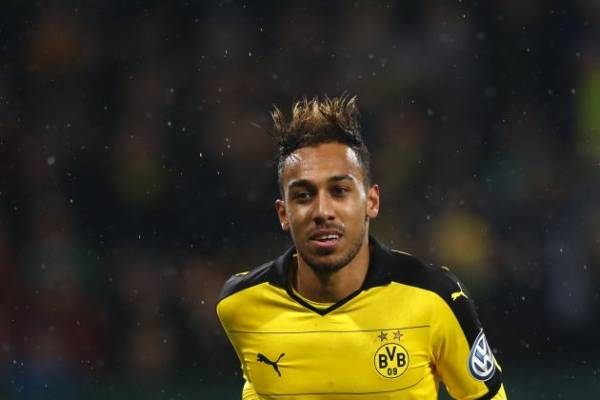Pierre-Emerick Aubameyang beats Yaya Toure, named 2015 CAF African Player of the Year