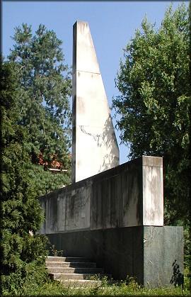 Monumento a Leonida Robbiano