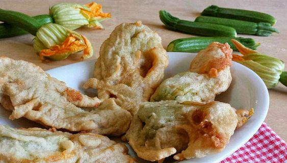 Le Ricette di Erika & Diego /  Fiori di zucca fritti ripieni di caciocavallo e acciughe