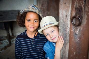 Bondi Kidswear www.bondi.de Lorenz Port, Tel: +49 (8166) 65 55