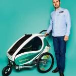 Nikolai Boldt, Geschäftsführung von Qeridoo, mit Kindersportwagen