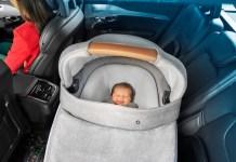 Entspannte Fahrt für Groß und Klein: Der Maxi-Cosi Jade überzeugt durch seine Sicherheit und ergonomische Liegefläche.