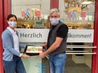 Eric Reinartz vom HappyBaby Gräfelfing und Karoline Gumpert von der EK