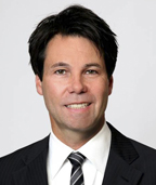 Photo of The Honourable Dr. Eric Hoskins, Minister of Children and Youth Services