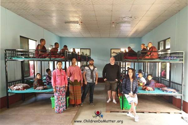 dormitori con letti a castello orfanotrofio sasana - children do matter