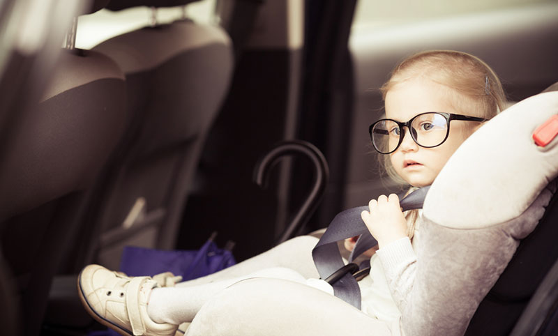 Car Seats For Three Year Olds >> At what age should a child use a booster car seat? - Child ...