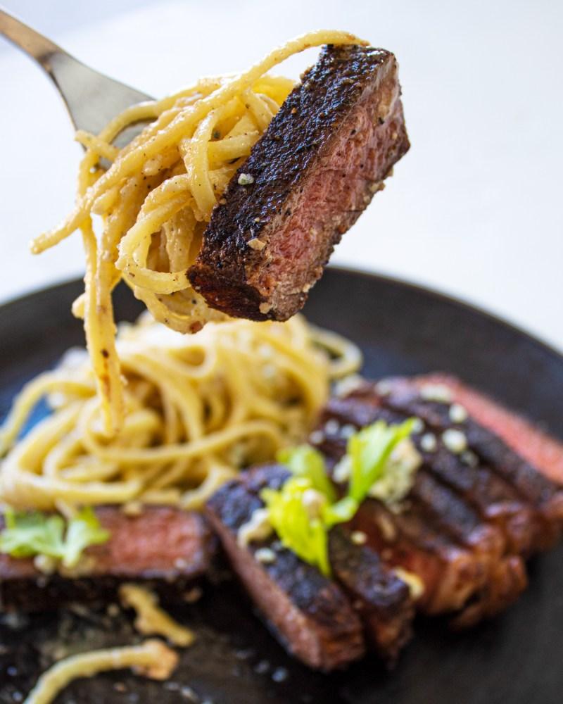 gorgonzola steak alfredo bite