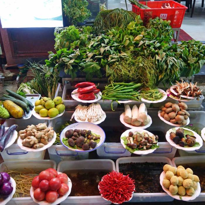 Gemüse vor Bai-Restaurant in Dali, Yunnan