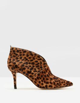 Boden heeled boot £104