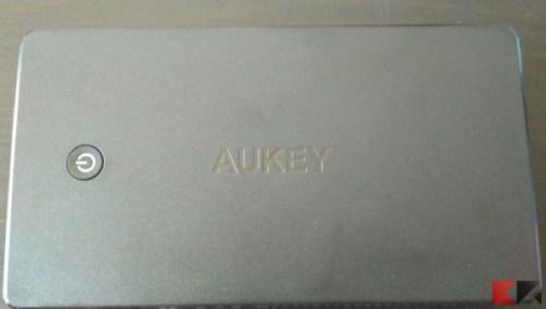 aukey-20000mah-4