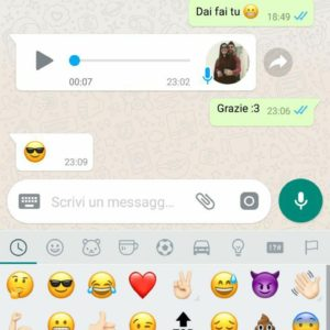 Inviare GIF WhatsApp