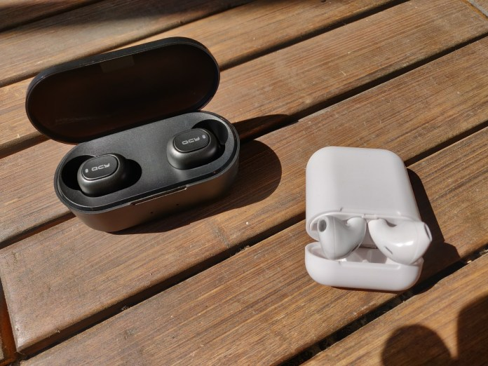 Fake earphone comparison