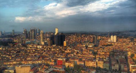 Turkey-Istanbul-Afternoon-Sun