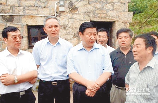 上海党媒暗讽蔡奇打习?中共恶法在中国史上绝无仅有