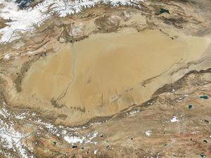 Die Wüste Taklamakan von der NASA aufgenommen.