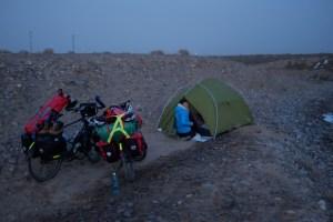 Zelten in der Taklamakan
