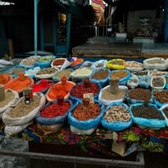 Gewürze auf dem Jayman Bazar in Osh