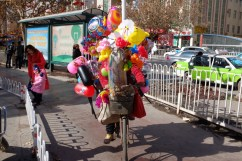 Luftballons Fahrrad Kashgar