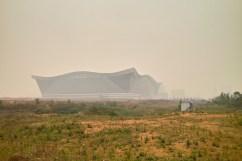 Global Center in Chengdu im Smog