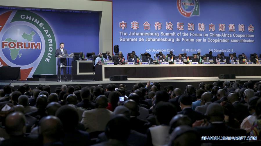 Presidente chino concluye gira por Africa con cumbre exitosa