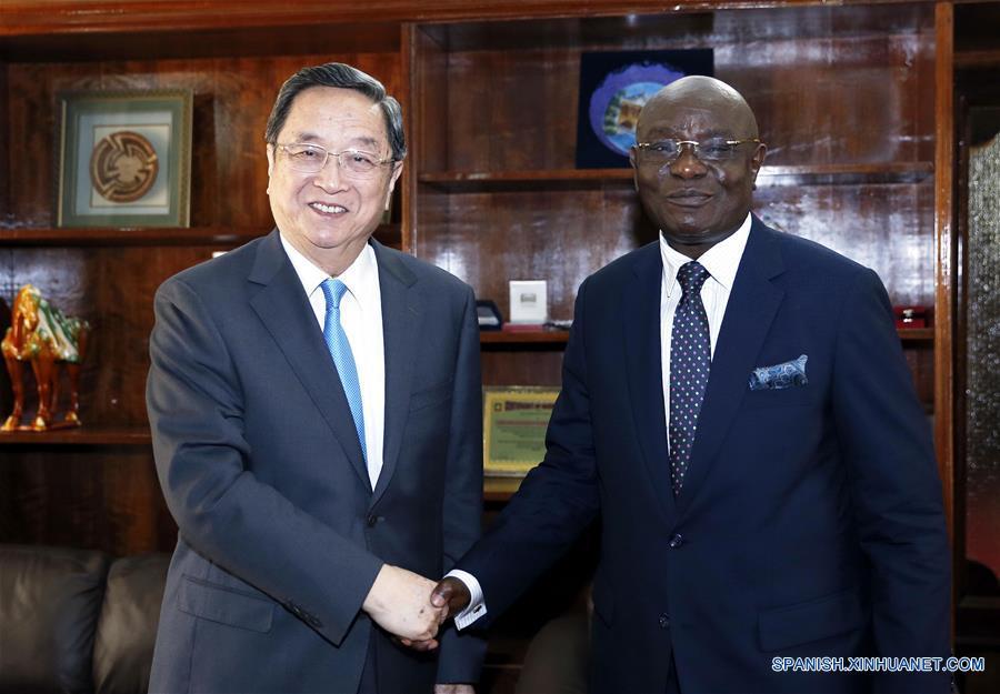 Máximo asesor político de China ve gran potencial de desarrollo de Africa