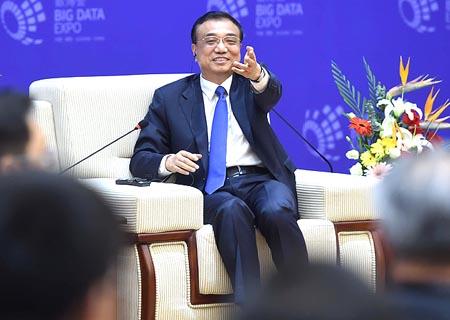 PM chino alienta inversión extranjera en centro y oeste de China