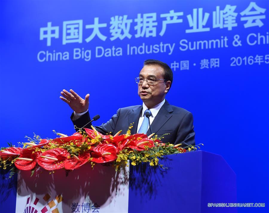 PM chino promete integrar informatización y economía real