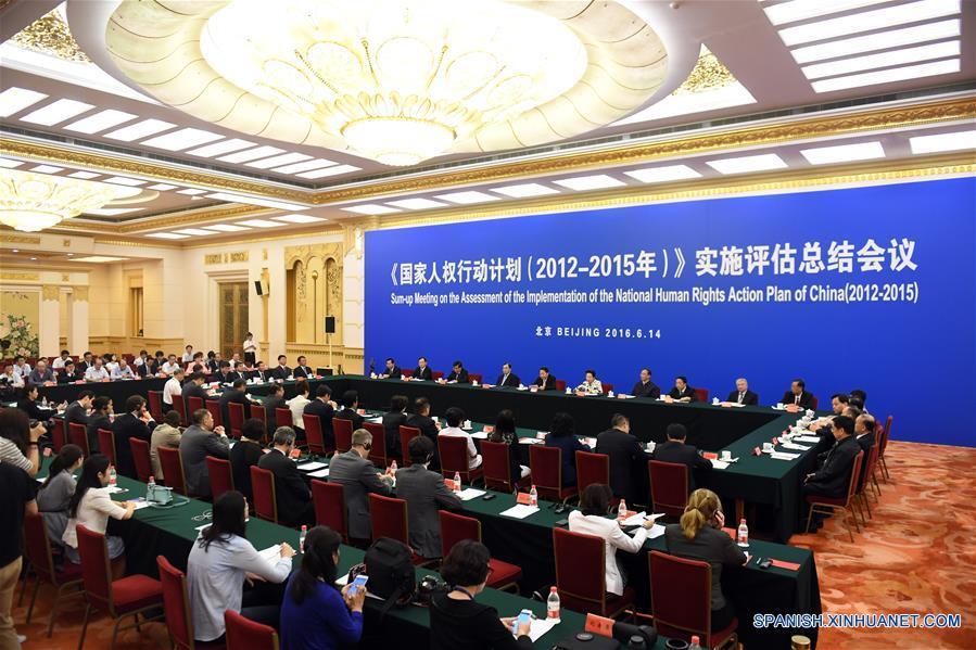 China repasa desarrollo de derechos humanos entre 2012 y 2015 y promete más esfuerzos