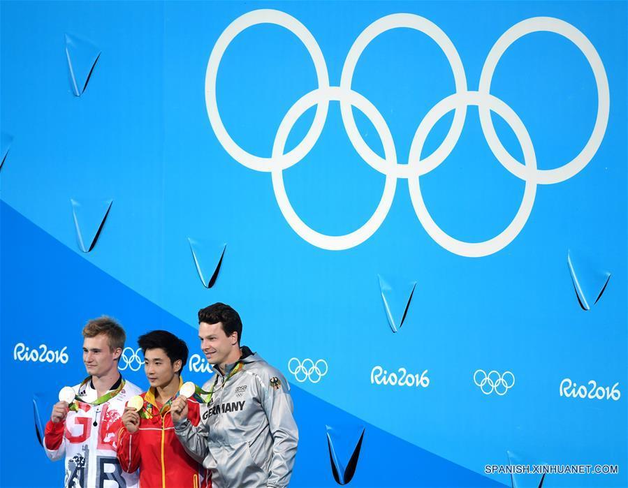 Río 2016: Cao Yuan de China gana oro en trampolín de 3m masculino