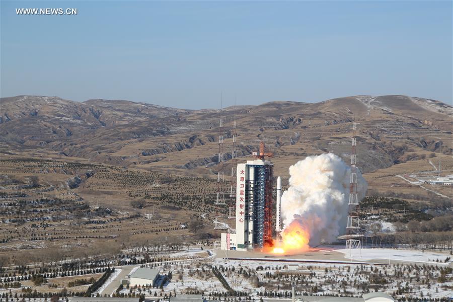 China lanzará cohete Gran Marcha-5B en 2019