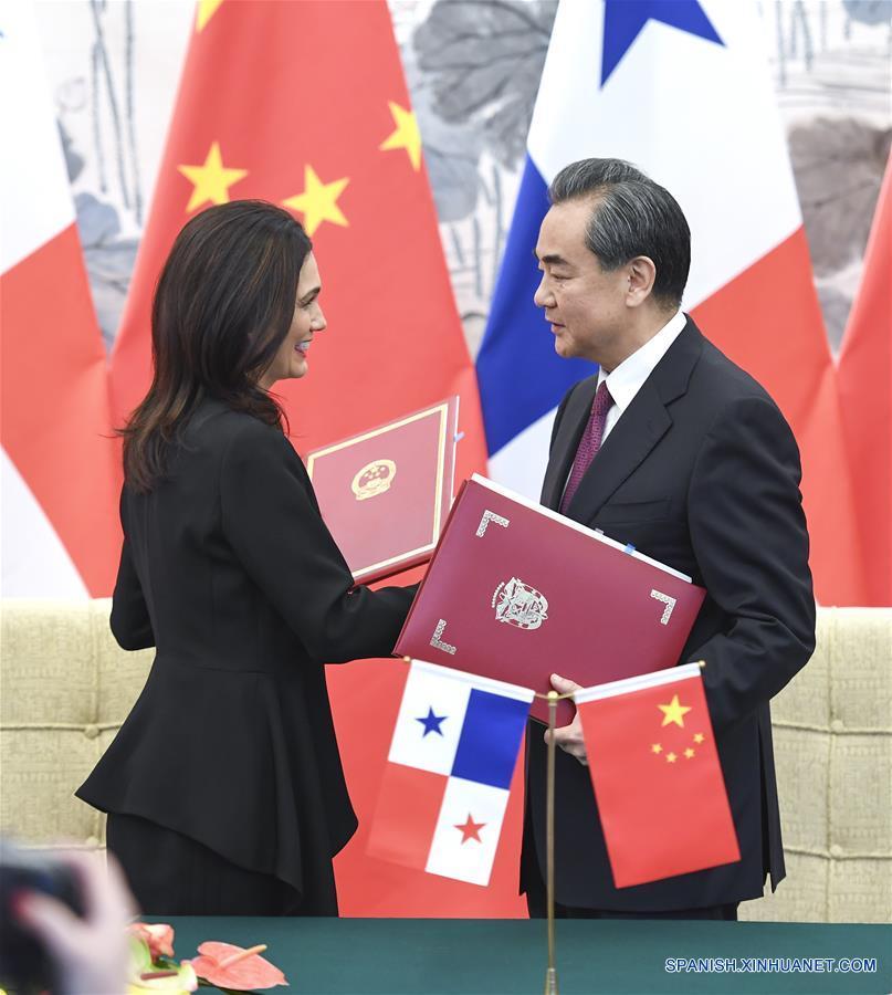 China y Panamá establecen relaciones diplomáticas