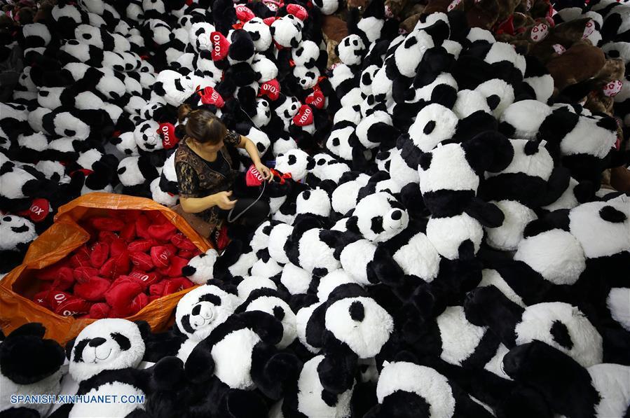 Observatorio Económico: China muestra sólida resiliencia económica en primeros tres trimestres