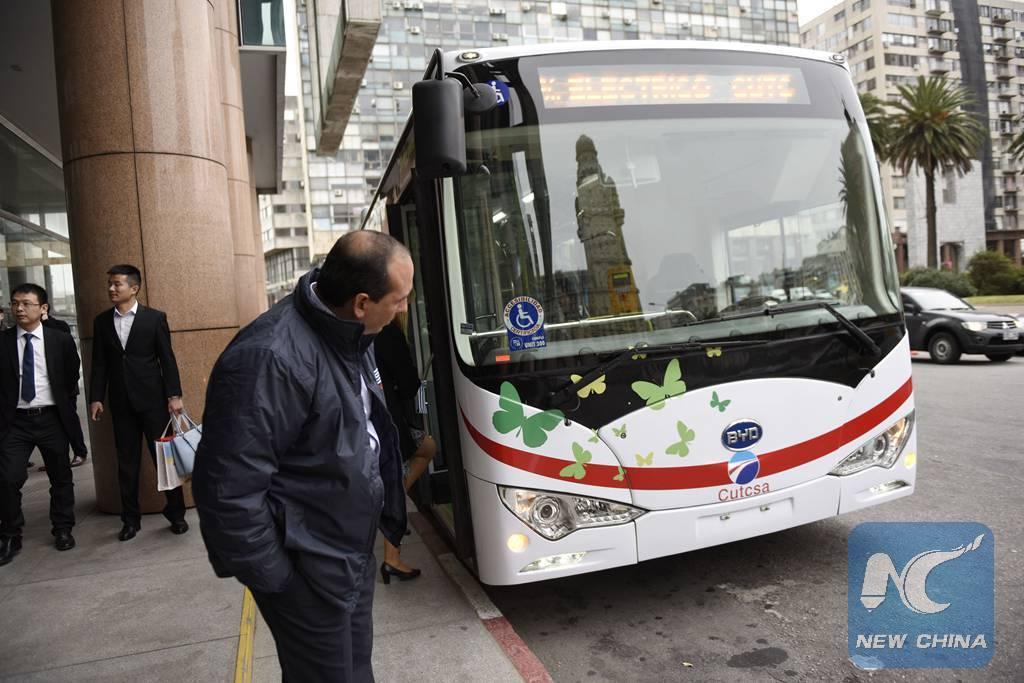 Autobuses eléctricos chinos se integran a sistema público de transporte en Chile