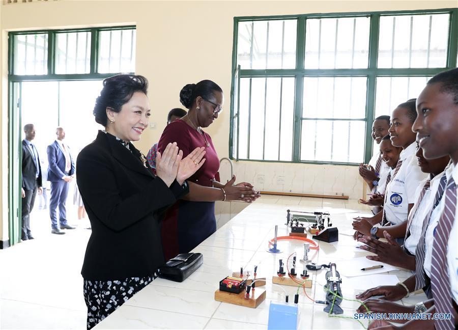 RESUMEN: Artículo firmado de Xi recibe respuesta entusiasta del público de Ruanda