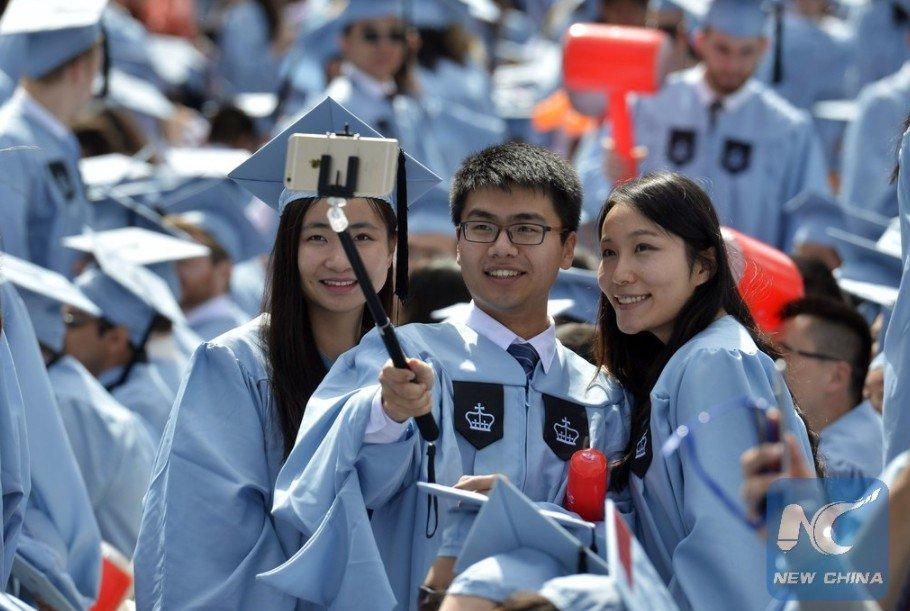 Más de 77 % de estudiantes universitarios chinos encuentra trabajo antes de graduarse