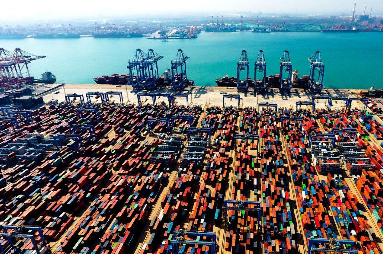 China se convierte en el mayor país a nivel mundial en comercio de productos en 70 años