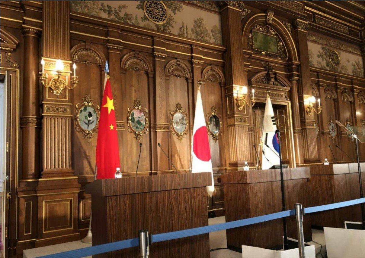 Ministros de Exteriores de China, Japón y la República de Corea se reunirán en Beijing
