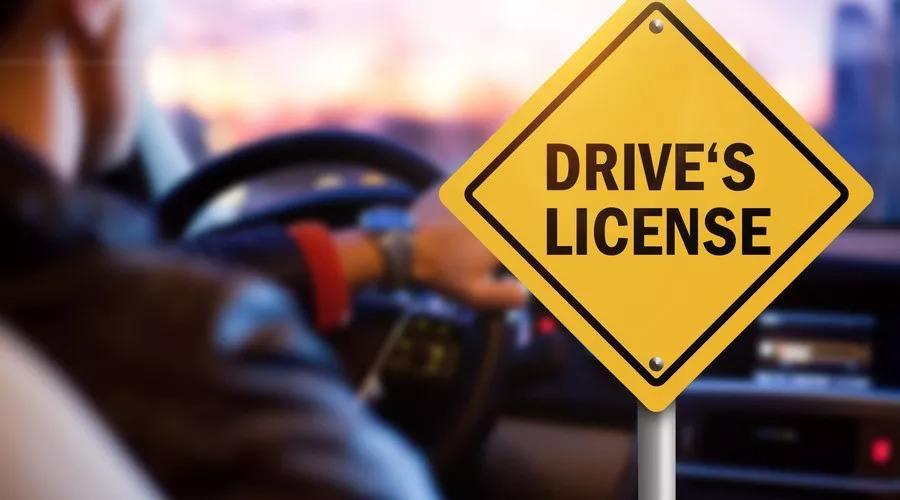 China simplificará trámite de licencias temporales de conducción de viajeros internacionales