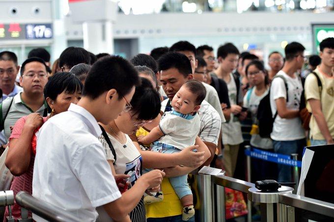 Ferrocarriles de China registran alta demanda de viajes por Festival del Medio Otoño