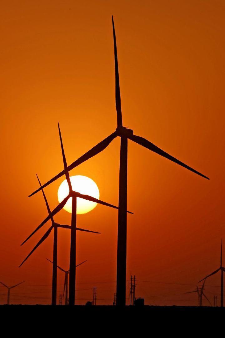 Crece rápidamente uso de energía limpia en China en primeros nueve meses