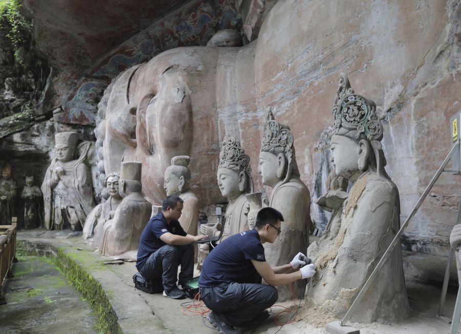 China implementa más de 80 proyectos de preservación de grabados en roca