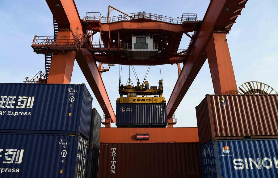 Ferrocarriles chinos registran crecimiento estable en transportación de carga