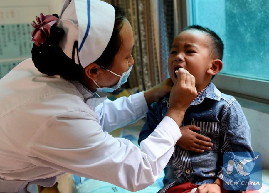 China planea sistema de seguro médico para toda su población