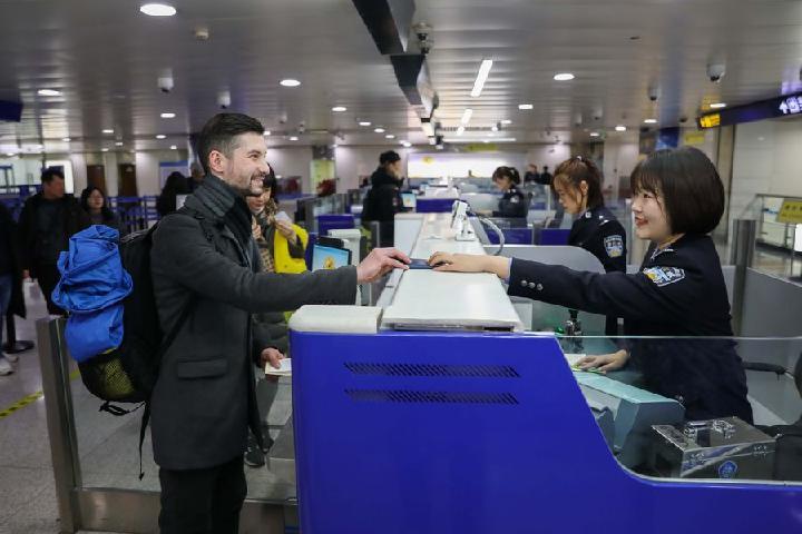 China registra 670 millones de viajes de entrada y salida en 2019