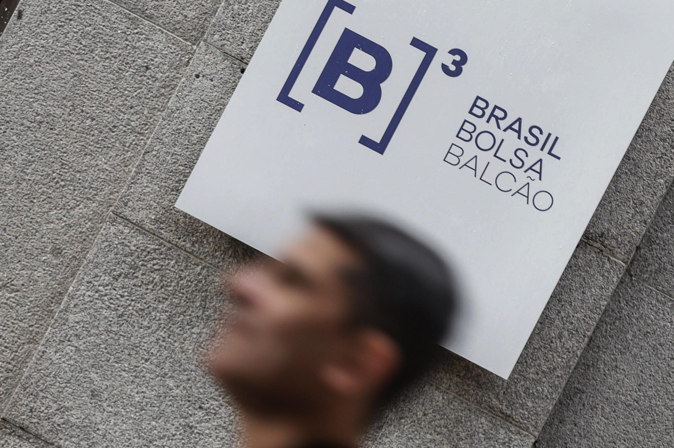 Gobierno brasileño anuncia inyección de 29 mil 460 millones de dólares a economía para enfrentar COVID-19