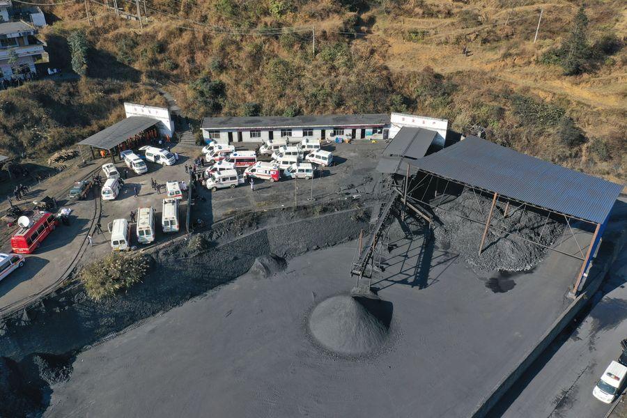 China reanuda 83.4 por ciento de capacidad de producción de carbón en medio de epidemia